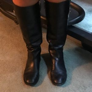 Beautiful  Tory Burch Black Leather Boots